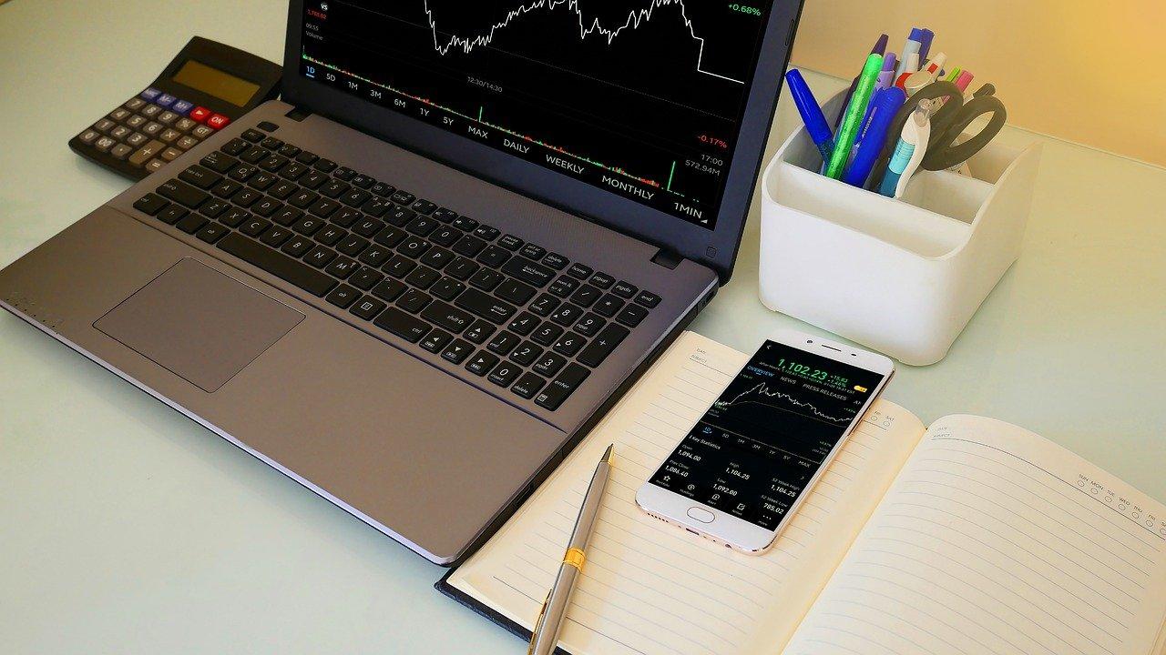 Daftar Aplikasi Investasi yang Terdaftar di OJK Terbaru 2021