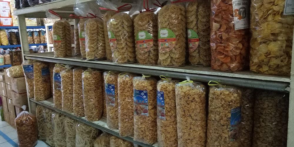 Contoh usaha snack kiloan