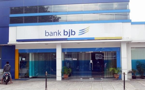 bank bjb meraih penghargaan 50 top emited