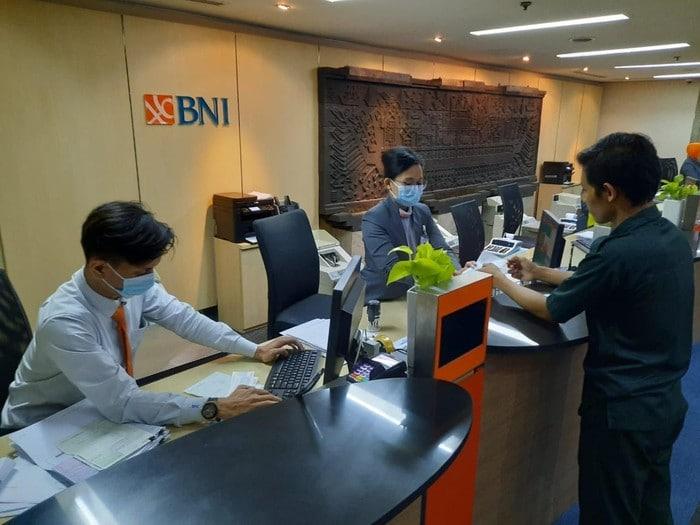 Pegawai bank BNI